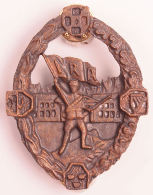 20th Century Irish Republican Army Badge At Whytes Auctions