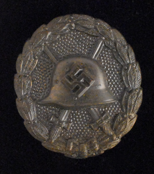 1936-1939 Pattern Spanish Wound Badge  at Whyte's Auctions